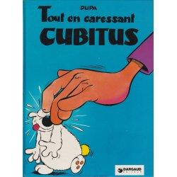 Cubitus (4) - Tout en caressant Cubitus