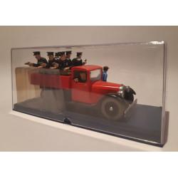 En voiture Tintin (25) - Les 7 boules de cristal - Le taxi bleu Ford