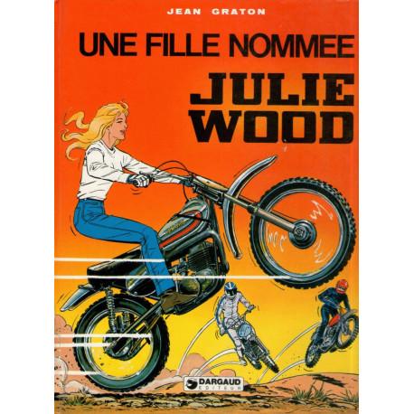 1-julie-wood-1-une-fille-nommee-julie-wood