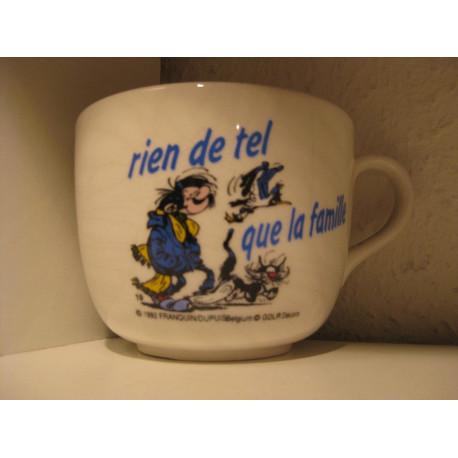 1-tasse-gaston-lagaffe-19-rien-de-tel-que-la-famille